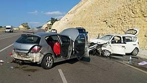 Malatya Akçadağ İlçesinde Trafik Kazası 2 Ölü 6 Yaralı