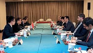 Gümrük Bakanı Tüfenkci Çin'e Kayısı Götürdü