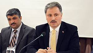 Ahmet Çakır'a Oy Veren Kadın Patladı!