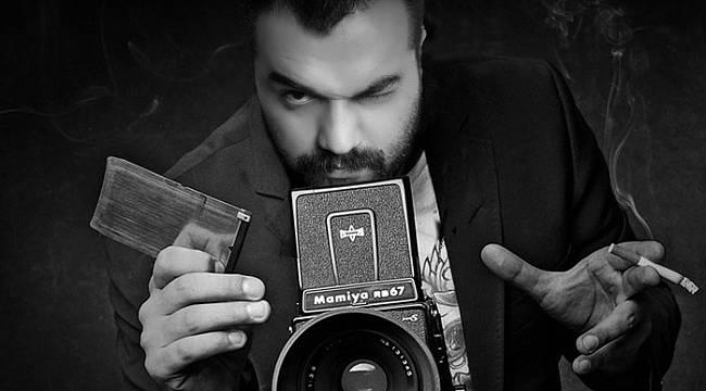Malatyalı Fotoğrafçı Attığı Dayak İle Alkış Aldı