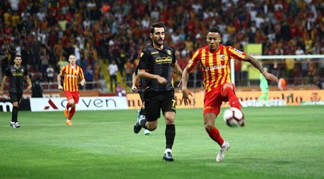 Yeni Malatyaspor Kayseri'den Puanla Döndü