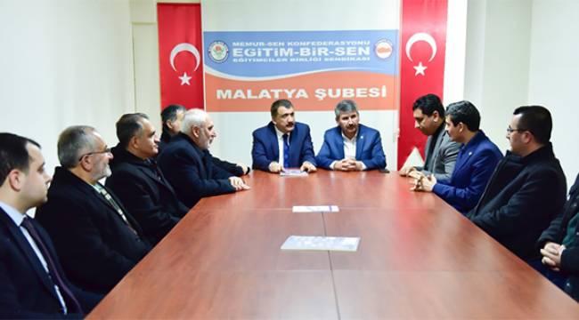 Başkan Gürkan Eğitim ve Eğitimci'nin Hep Yanında