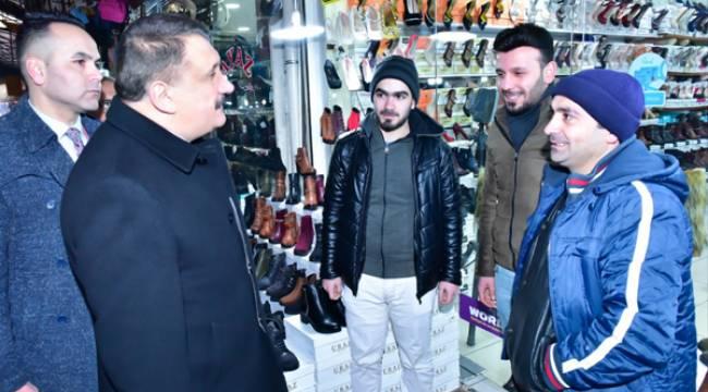 Başkan Gürkan Kasap Pazarını İnceledi